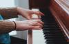 発達障害児のピアノ教室選びで先生の経歴より重視するものとは?